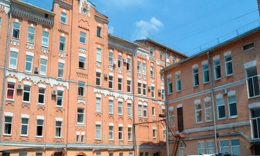 В Московском районе выставлен на продажу бизнес-центр