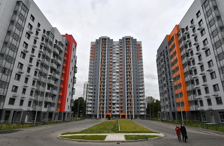 Мэрия Москвы предоставляет жителям сносимых по программе реновации домов квартиры меньшей площади, но с компенсацией