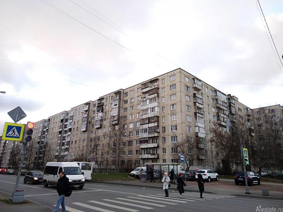 Продажа комнаты Искровский пр-кт ,  д. 15,  к. 1