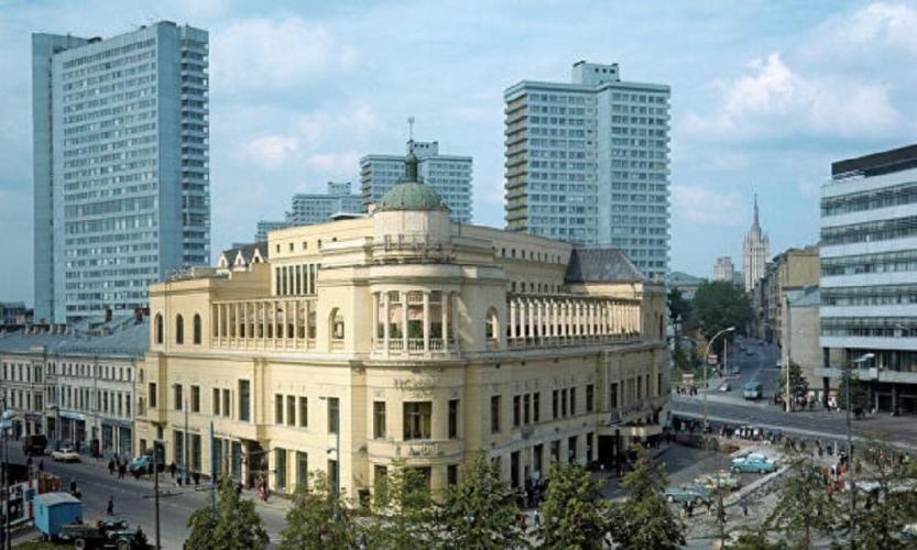 В здании ресторана «Прага» на Арбате появятся апартаменты