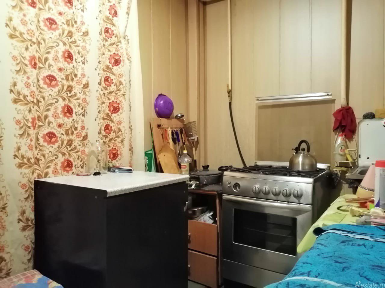 Продать Комнаты в квартирах Санкт-Петербург,  Невский,  Ломоносовская, Народная ул