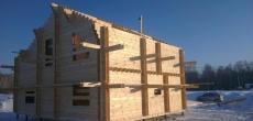 Премьер Медведев подписал постановление о субсидировании кредитных ставок на покупку изготовленных на заводе деревянных домов