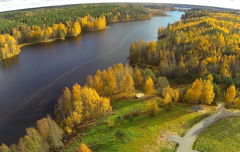 Фото коттеджного поселка Озеро Лунное от Озеро Лунное. Коттеджный поселок