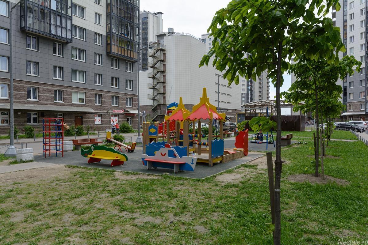 Продать Квартиры вторичка Санкт-Петербург,  Невский,  Ломоносовская, Русановская ул