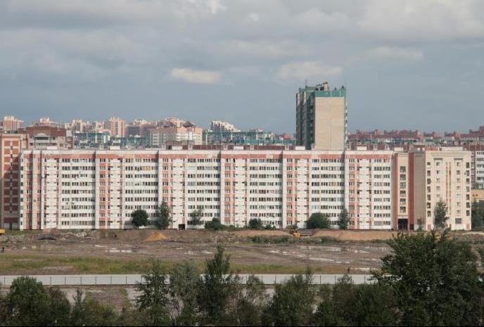 АИЖК продаст участок на Богатырском проспекте в Приморском районе Петербурга под жилую застройку