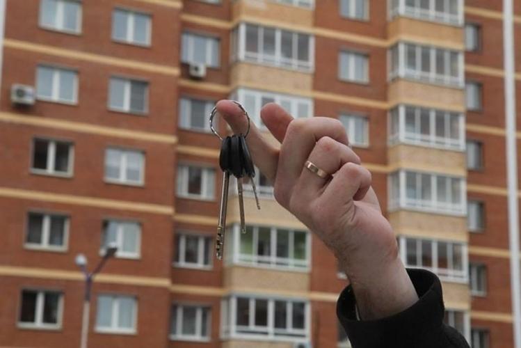 Смольный потратит 34,4 млн рублей на закупку квартир