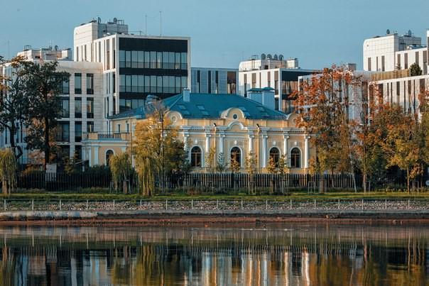 Смольный намерен 10-кратно увеличить налог на элитные квартиры и дома стоимостью от 300 млн рублей