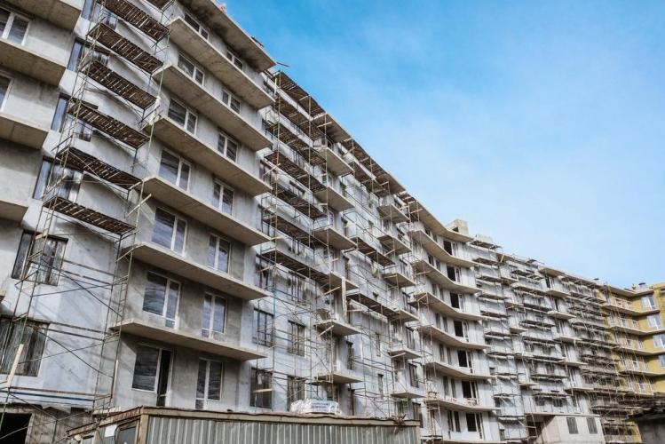 Средняя цена жилья в Петербурге выросла, площадь — снизилась