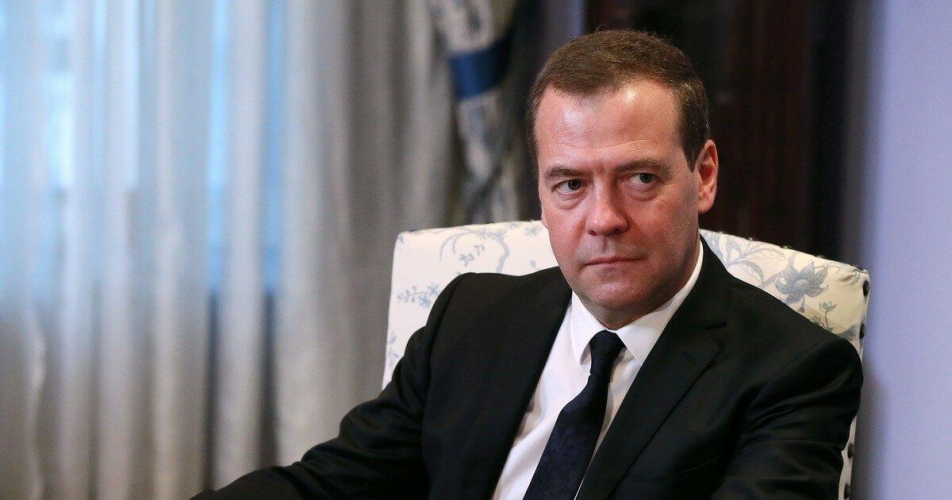 Премьер Медведев активизирует передачу ведомственных земель под застройку