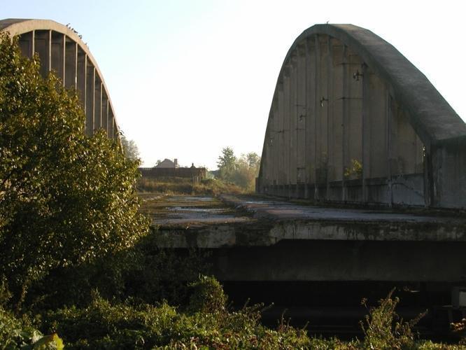 При стартовой цене в 1 рубль старые арочные фермы Володарского моста реализованы на торгах Фонда имущества за 100 тыс. рублей