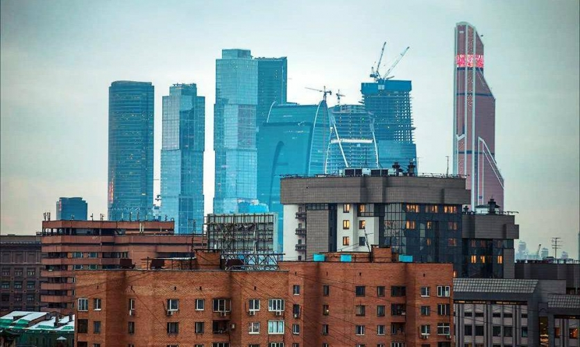 Спрос на вторичку в Москве достиг максимума за семь лет. А цены все растут