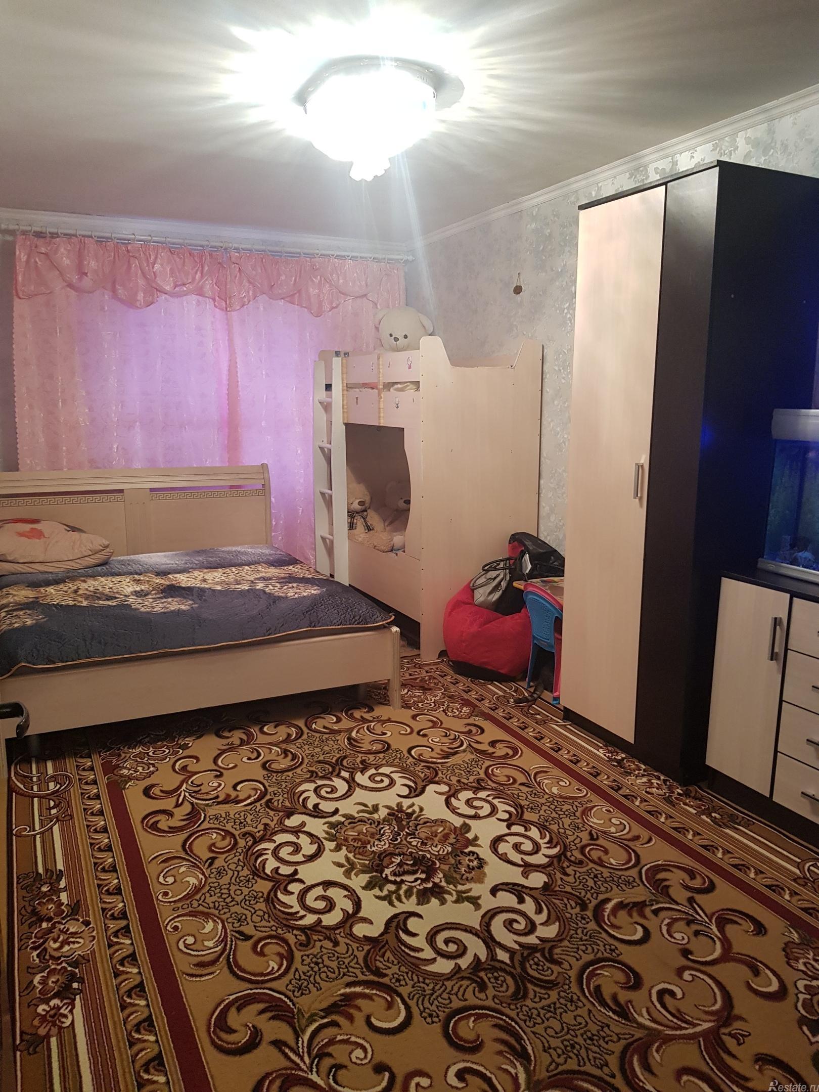 Продать Комнаты в квартирах Санкт-Петербург,  Калининский,  Академическая, Пискаревский пр-кт