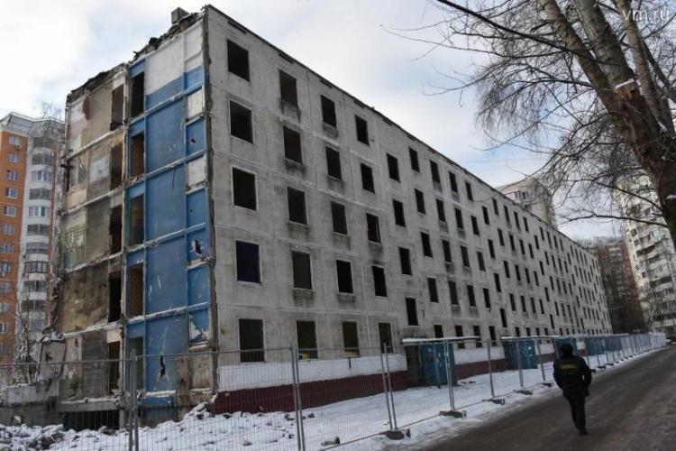 Для переселенцев сносимых пятиэтажек власти Москвы разработают программы по приобретению дополнительных площадей
