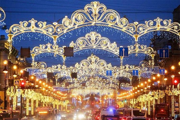 Шушары и Парнас впервые украсят к Новому году