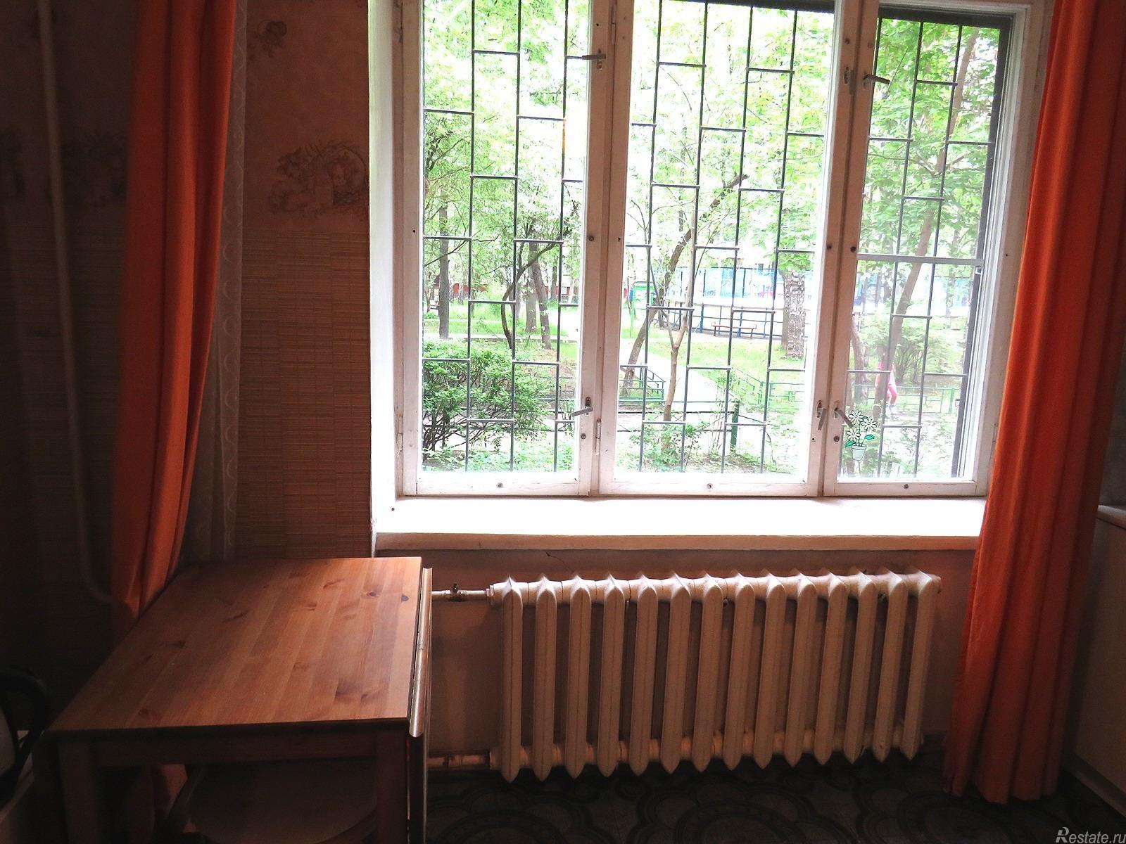Продажа 1-комн. квартиры на вторичном рынке Ломоносовский пр-кт ,  д. 33,  к. 2