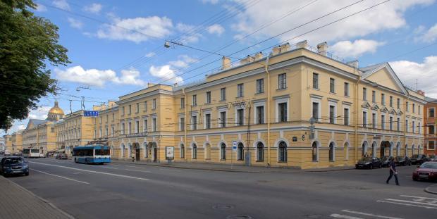В Петербурге из казарм Конногвардейского полка могут выселить арендаторов по просьбе министерства культуры