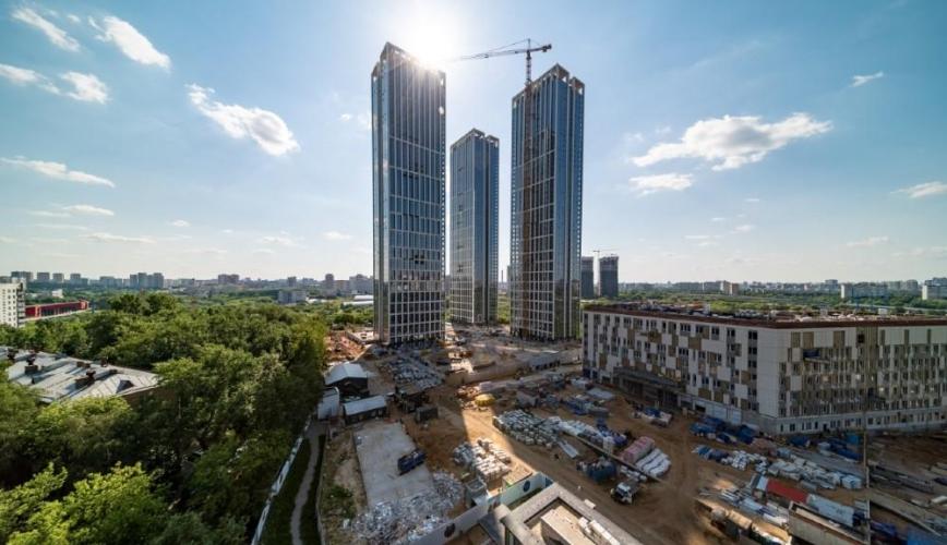 Пять этажей возводилось ежемесячно при строительстве первых жилых небоскребов НЕБО на Мичуринском проспекте
