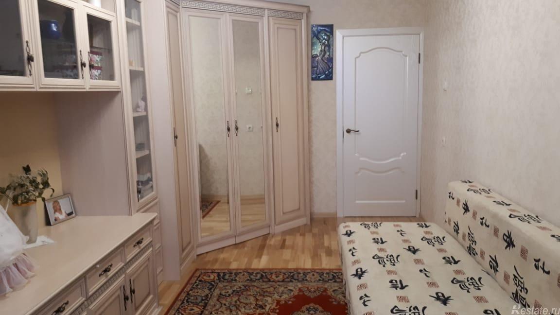 Продать Квартиры вторичка Санкт-Петербург,  Фрунзенский,  Купчино, Бухарестская ул