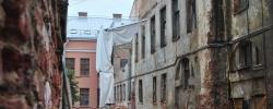 Градозащитники и депутаты требуют остановить снос флигеля усадьбы Долгоруких
