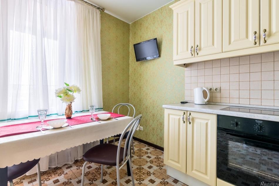 Аренда 1-комн квартиры на вторичном рынке Кременчугская ул,  д. 9,  к. 1
