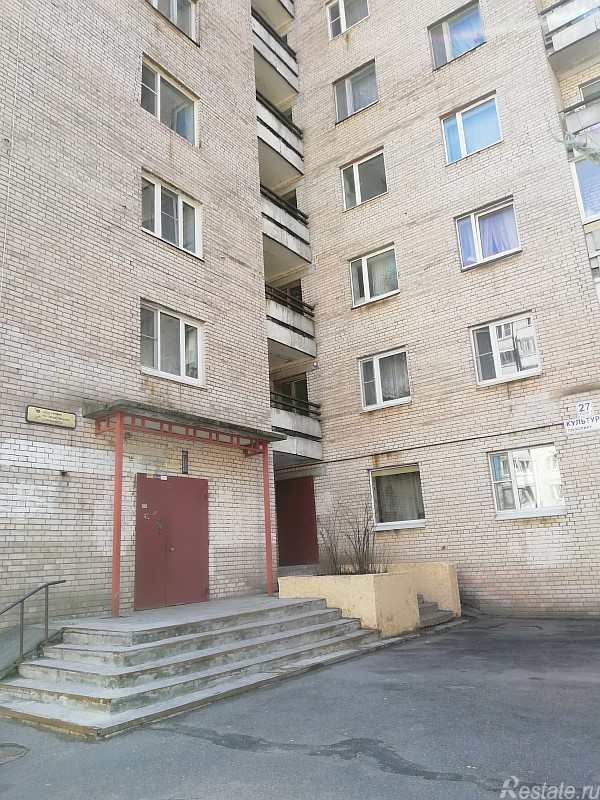 Продажа 2-комн. квартиры на вторичном рынке Культуры пр-кт,  д. 27,  к. 1
