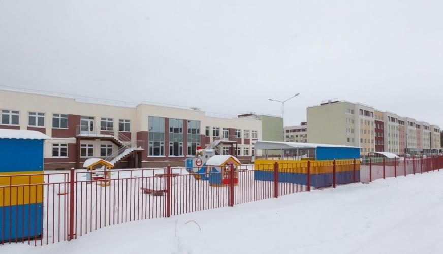 Смольный рассчитывает привлекать от застройщиков в Фонд социальных обязательств не менее 11 тыс. рублей с квадратного метра новостроек