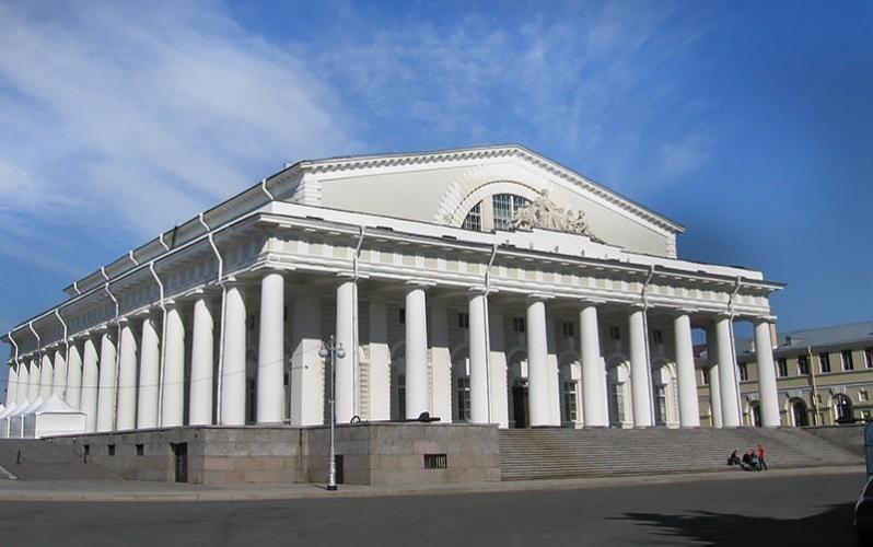 """Компания """"Ренессанс-Реставрация"""" выиграла конкурс на реставрацию здания Биржи в Петербурге не по цене, но по критериям"""