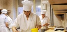 Власти Петербурга утвердили меры поддержки бизнесу, пострадавшему от коронавируса
