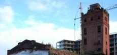 Петроградцы волнуются за судьбу исторической водонапорной башни во дворах новостроек ЖК «Премьер Палас»
