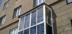 Петербургские депутаты смягчили условия штрафа за остекление лоджий и балконов