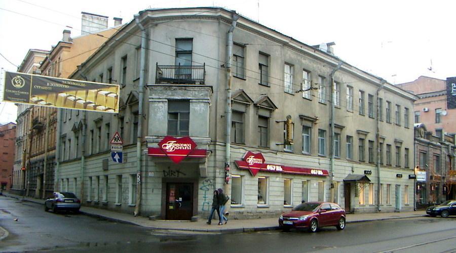КГИОП потребовал отремонтировать дом Достоевского в Графском переулке