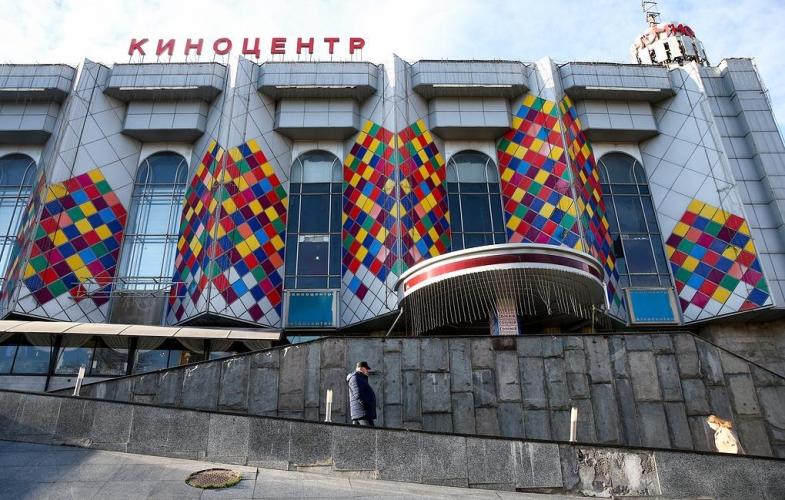 Специалисты негативно отреагировали на проект перестройки киноцентра «Соловей»