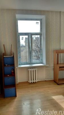 Сдать в аренду Комнаты в квартирах Санкт-Петербург,  Калининский,  Ленина пл., Сахарный пер