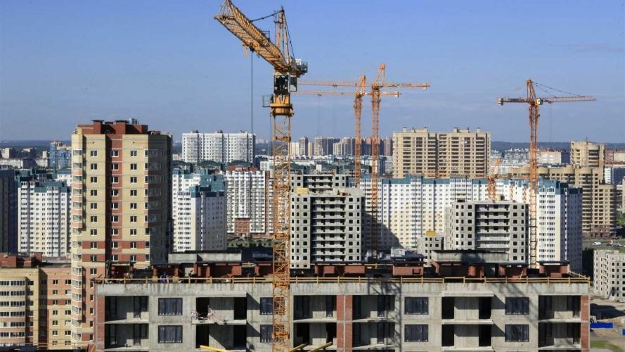 Цены на новостройки Москвы наконец-то начали падать. Но это неточно