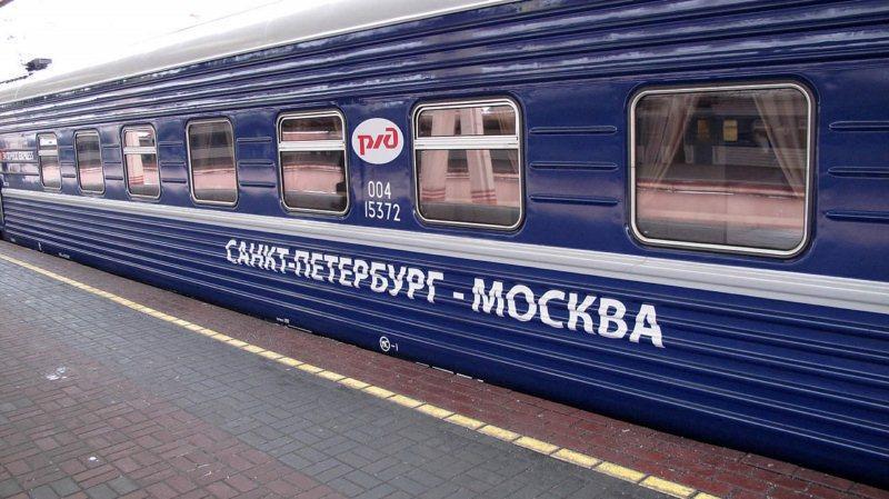Половина сделок по недвижимости москвичей в Петербурге и петербуржцев в Москве связана с улучшением жилищных условий