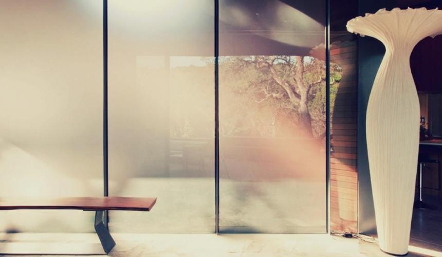 Тренд на стекло: применение стекла в интерьере, строительстве и оформлении