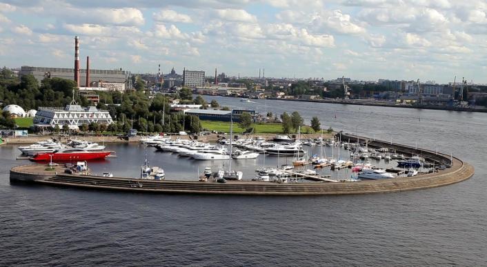 ЗаКС Петербурга поддержал запрет на застройку Петровской косы