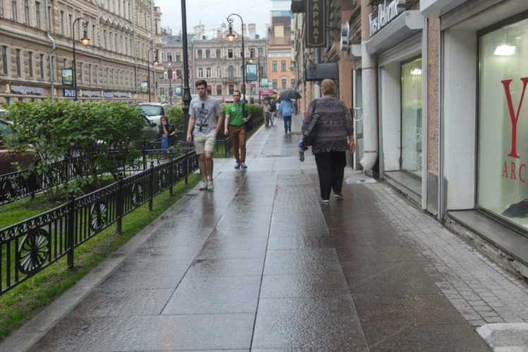 На петербургском рынке элитного жилья в приоритете объекты за 30-50 млн рублей вторичного сегмента