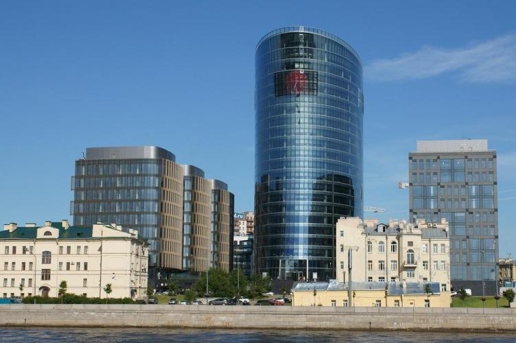Снижение активности Газпрома на петербургском офисном рынке привело к сокращению объема сделок