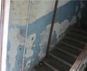 Прокуратура выявила нарушения у двух УК Невского района