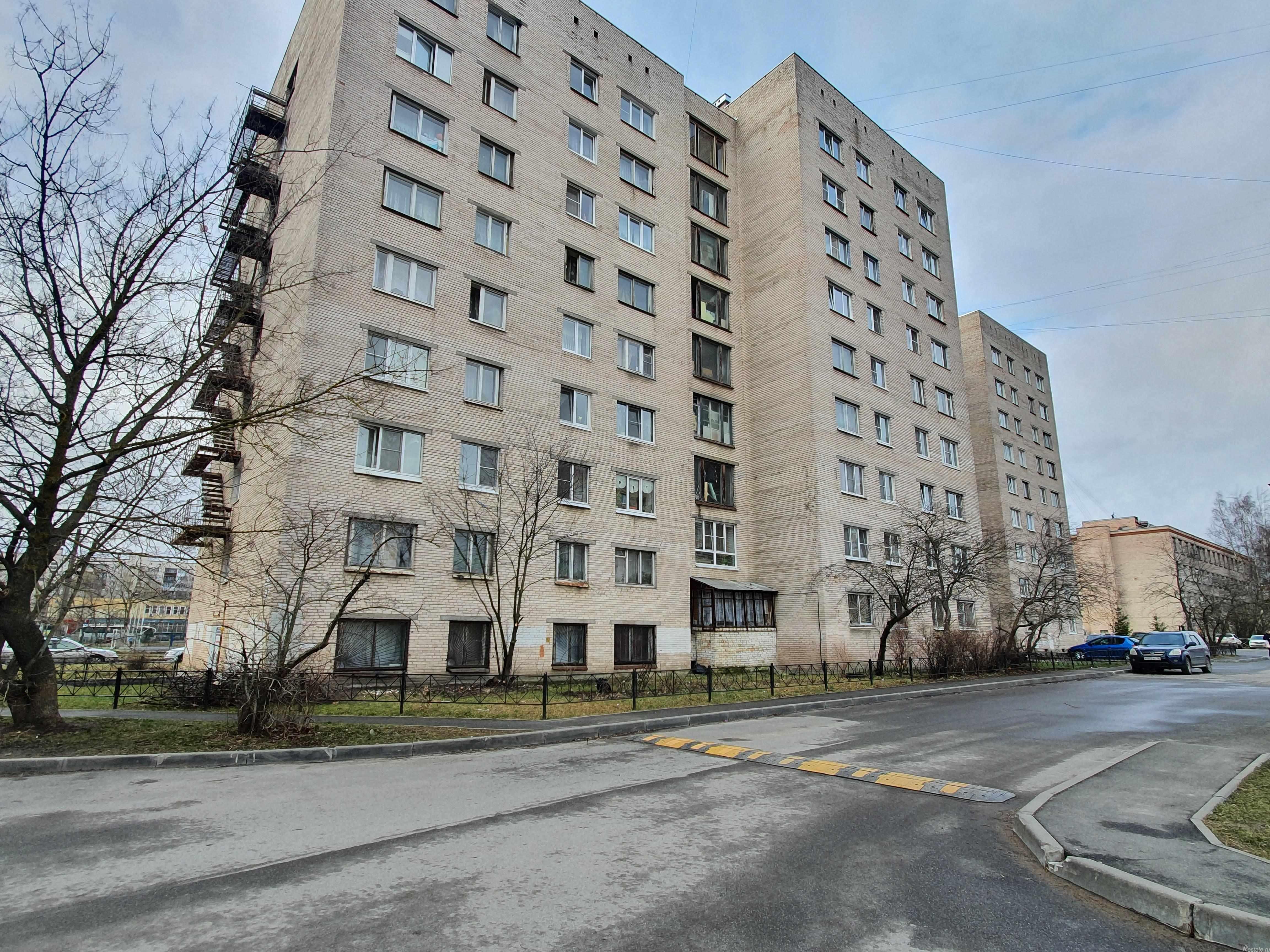 Продать Комнаты в квартирах Санкт-Петербург,  Колпинский,  Шушары, Колпино г, Веры Слуцкой ул