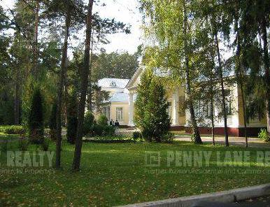 Фото коттеджного поселка Жуковка-2 от Славенка. Коттеджный поселок Zhukovka-2