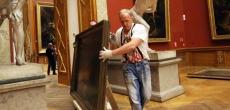 Суд отказал противникам переноса экспонатов Русского музея