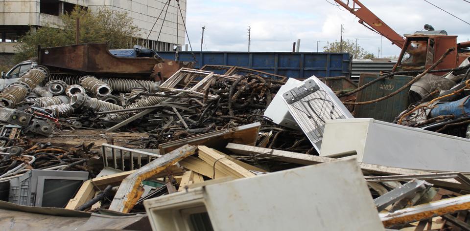 Минэкологии Подмосковья и департамент строительства Москвы начали бороться со свалками строительного мусора