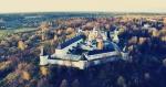 Звенигород: старый жилфонд, новостройки и дачи в «Русской Швейцарии»