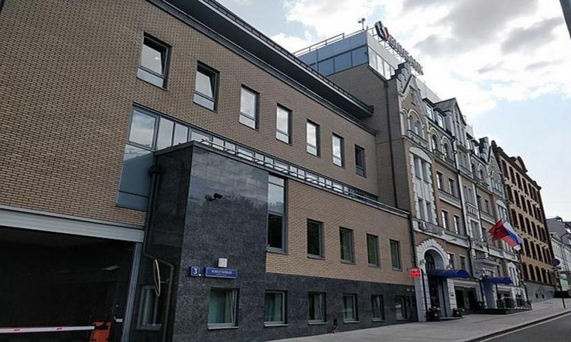Банк «Открытие» выставил на продажу собственный офис