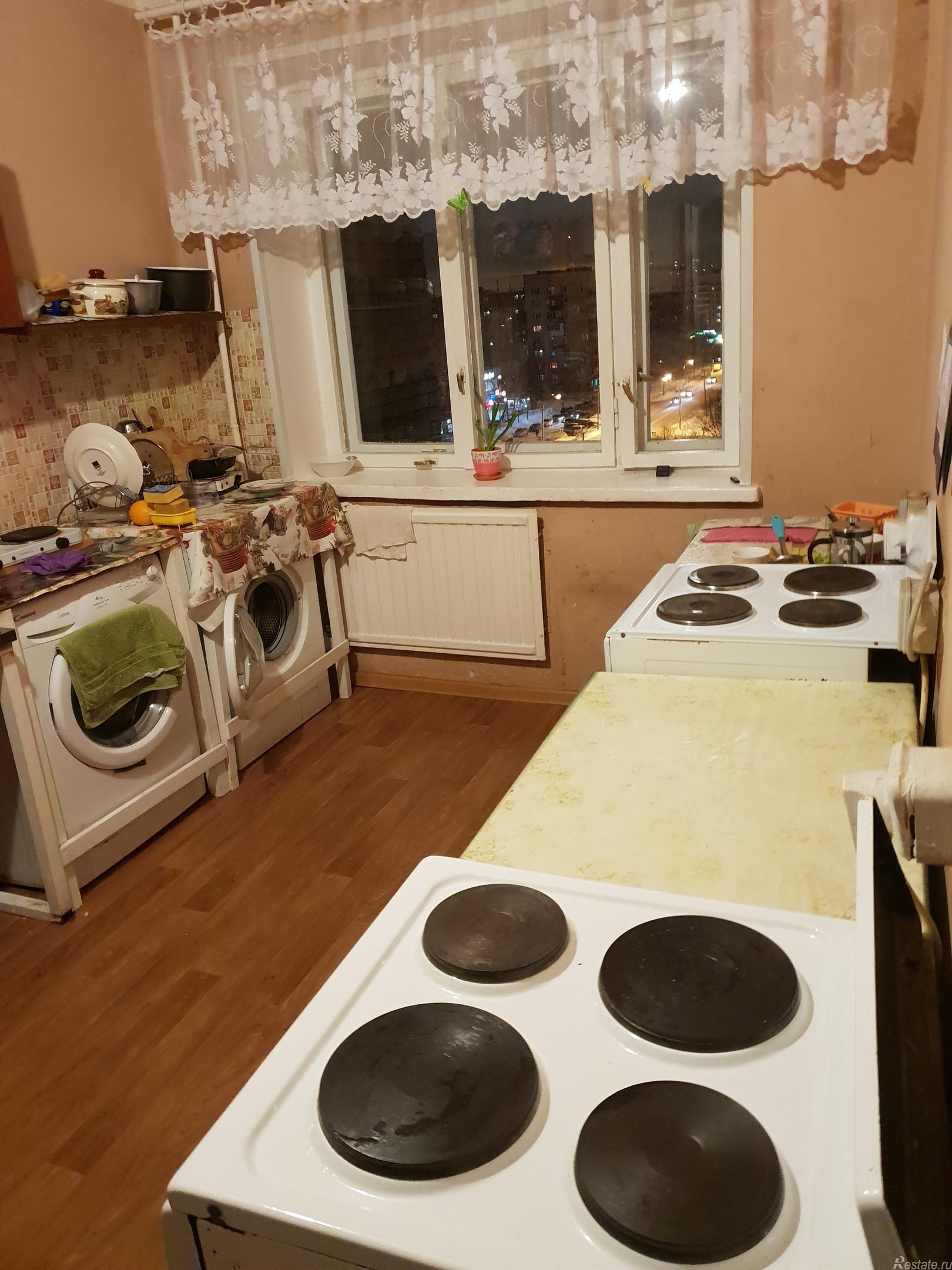 Продать Комнаты в квартирах Санкт-Петербург,  Колпинский,  Купчино, Колпино г, Заводской пр-кт