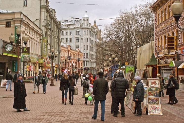 Московская недвижимость за год подешевела больше, чем жилье других больших городов мира