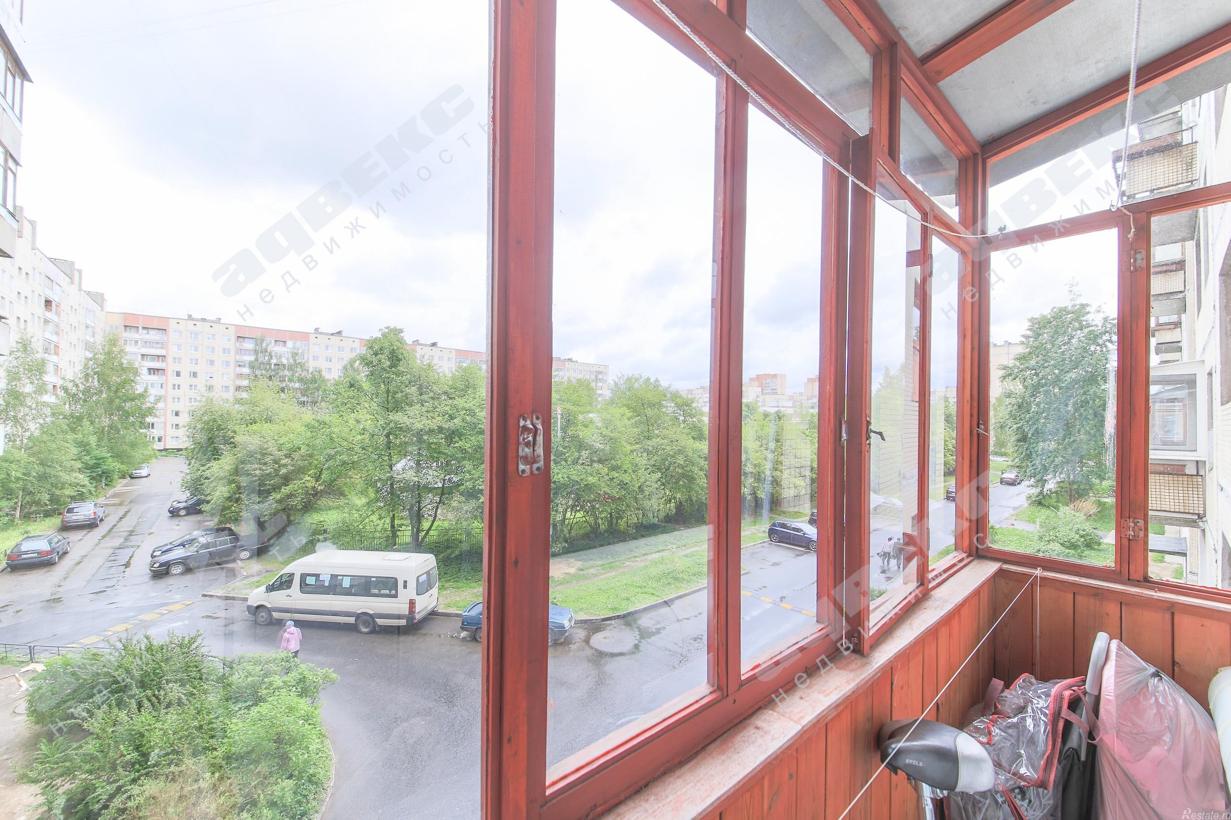 Продать Квартиры вторичка Санкт-Петербург,  Колпинский,  Звездная, Колпино г, Заводской пр-кт