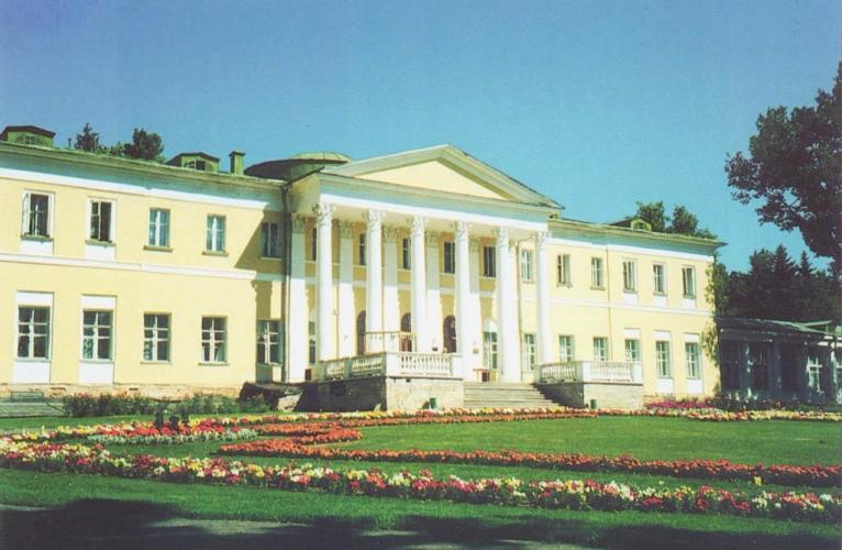 Депутаты предложили возродить в России родовые поместья